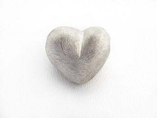 On Wire lås hjerte 16 x 18 mm ridset sølv